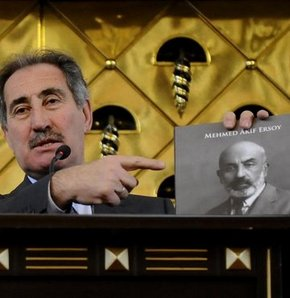'Paltosuz gezen Mehmet Akif Ersoy'u örnek alın'