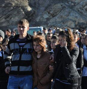 Uludere'ye ilk tepkiler - CHP, BDP, kaçakçılık, sezgin tanrıkulu, şırnak, Gültan Kışanak, Uludere, f16, bombalama, kemal kılıçdaroğlu