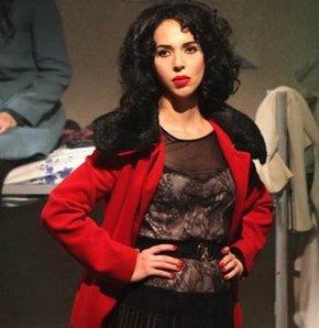 Esra Ronabar'dan rol için değişim