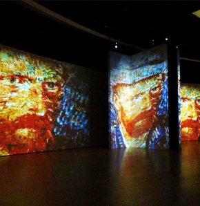 Çerçevesi olmayan sergi Van Gogh Alive! GALERİ
