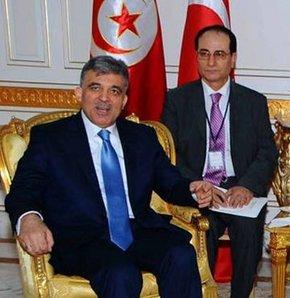 Abdullah Gül     Tunus