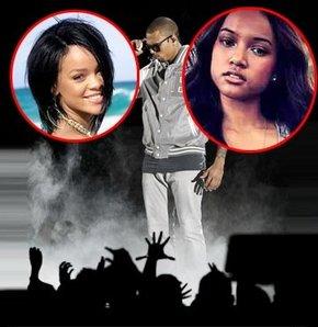 Chris Brown için birbirlerine girdiler