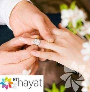 Erkek arkadaşınızın evlenme teklif edeceğine dair 7 işaret!