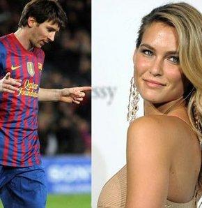 Bar Rafaeli: Messi uzaylı