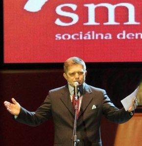 slovakya Smer-SD Robert Fico