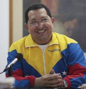 Chavez ülkesine dönüyor