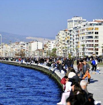 İzmir'e neden gidilir?