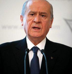 Bahçeli soykırım iddialarını Fransa'da reddetti!