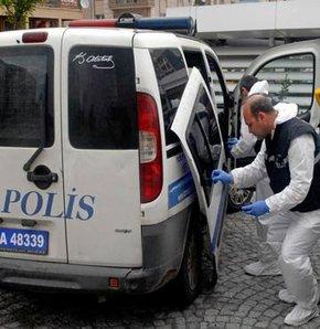 İzmir'de polise saldırı, polise satırlı saldırı