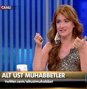 """Panpiş"""" Hilal Cebeci, Alt Üst Muhabbetler'de, Esin Övet"""