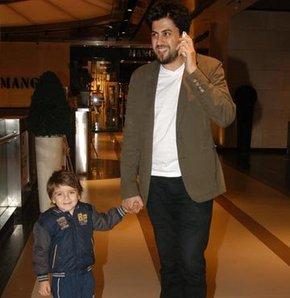 Serkan Çağrı ve oğlu Nefes