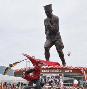 En uzun Atatürk heykeli