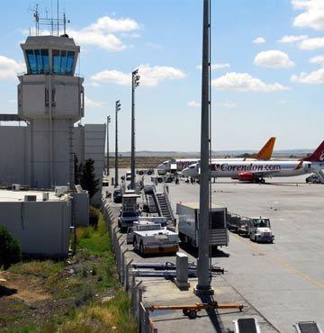 Ercan Havaalanı teklife açık!
