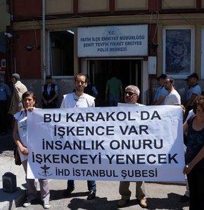 Fatih Karakolu'na aynalı protesto