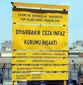 Diyarbakır Cezaevi'nde Öcalan imzası