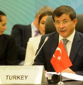 Davutoğlu 'uçak krizi'ni değerlendiyor