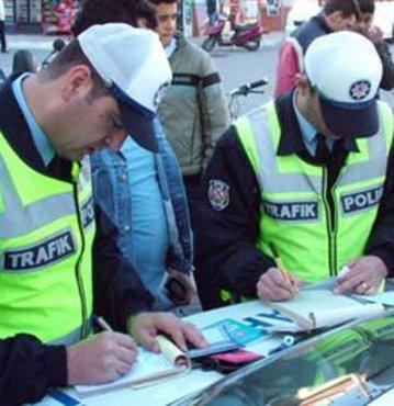 Trafik müdürüne 'aşırı hız' cezası