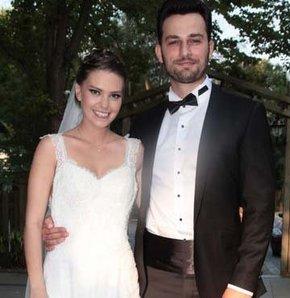 Aslı Enver ve sevgilisi Birkan Sokullu evlendi