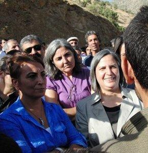 PKK'dan BDP'li vekillere kimlik kontrolü