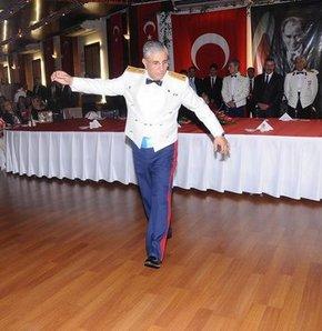 Tümgeneral Atilla Özler, İstanbul Adliyesi'ne getirildi...