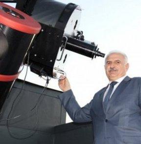 Türkiye'nin en büyük teleskobu faaliyete geçti
