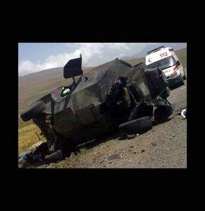 Allkollü sürücü zırhlı polis aracına çarptı
