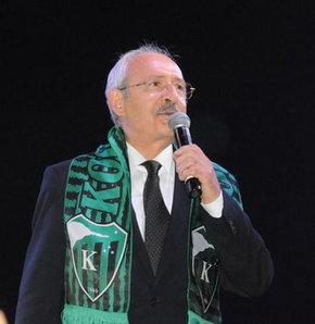 Kocaeli'de Cumhuriyet Yürüyüşü'ne katılan Kılıçdaroğlu,  hükümete yüklendi
