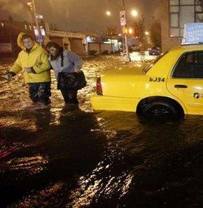 Fırtınanın ülkeye 10-20 milyar dolar zarara yol açması bekleniyor