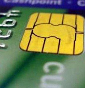 'Bilinçli müşteri' mahkemeye gitmeden kredi kartı aidatını alıyor
