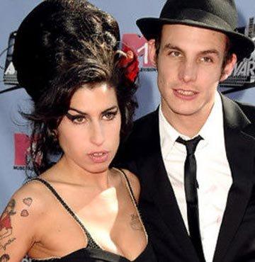 Amy Winehouse'un gelinliği çalındı