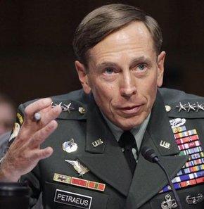CIA Başkanı Petraeus, görevinden istifa etti