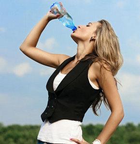Yaşlanmamak için su için!