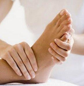 Uzmanlar tırnak batmasına yol açan 4 önemli nedeni ve tedavi şeklini anlattı