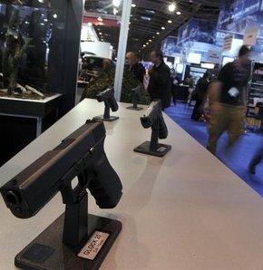 ABD'de bazı silah fuarları iptal edildi