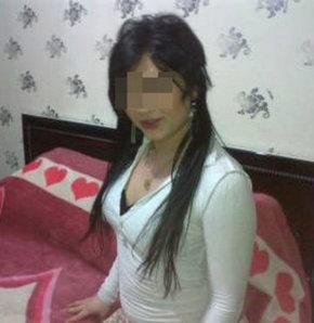 Diyarbakırlı Barbi Ekin lakaplı travesti Ekin M., birlikte yaşadığı erkek sevgilisi K.A. ile para nedeniyle kavga etti. Travesti genç adamı eve kilitleyip anahtarı balkondan atınca olay oldu. Polis ve itfaiye müdahale etti.