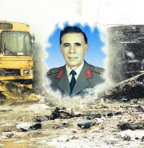 ANKARA Güvercinlik'ten 17 Şubat 1993'te kalkan VIP uçağının tam olarak aydınlatılamayan bir nedenle düşmesi sonucu şehit olan eski Jandarma Genel Komutanı Orgeneral Eşref Bitlis soruşturması fotoğraflar üzerinden yürütülüyor.