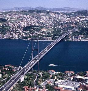 Köprüyü zirve bitirdi