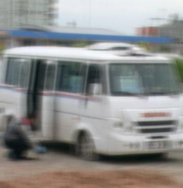 Yolcu minibüsüne silahlı saldırı