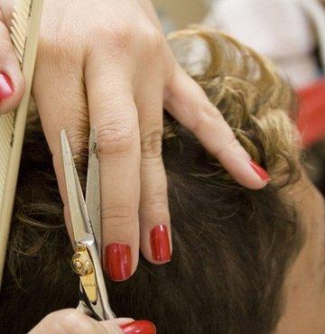 Kuaförler artık oturarak saç kesecek!