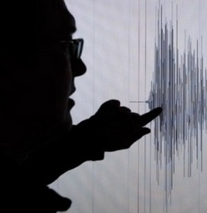 Pakistan'da 5,4 şiddetinde deprem