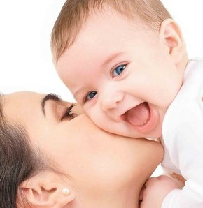 İkizler bebeğini kundaklamayın!