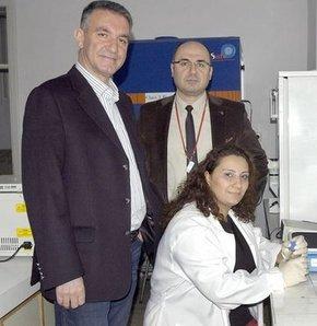Uludağ Üniversitesi'nde bir çok branştan uzmanın yer aldığı 'Multidisipliner Kanser Araştırma Grubu'nun 4 yıldır süren kanser ilacı araştırmasından sevindirici sonuç çıktı.
