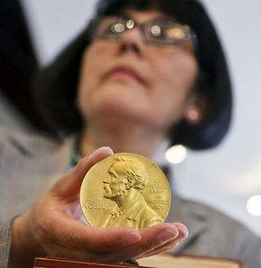 DNA'nın keşfi için verilen Nobel madalyası, açık artırmada satıldı
