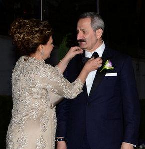 Zafer Çağlayan'ın oğlu Kaan Çağlayan evlendi
