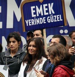 Beyoğlu'nda sanatçılar ve sinemaseverler emek sineması için yürüdü