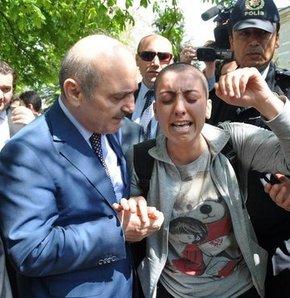 Bakan'ın cevabı kanser hastası kızı ağlattı