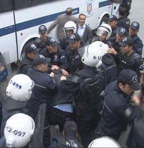 İstanbul Üniversitesi'nde yine olaylar çıktı