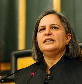 BDP Genel Başkan Yardımcısı Kışanak, Terörle Mücadele Yasası'nın kaldırılması gerektiğini söyledi