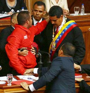 Maduro'ya kürsü şoku