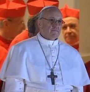 Vatikan kadınları yönetime atayabilir